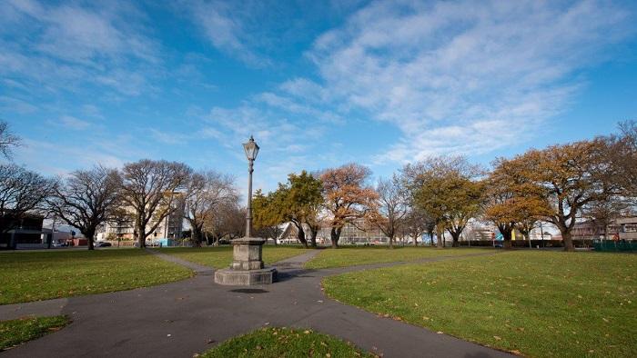 'Latimer Square